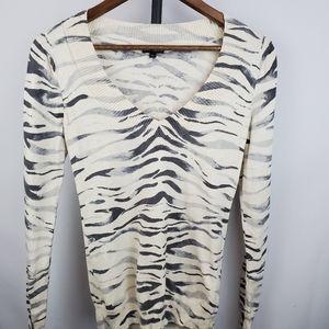 Express Animal Print V-neck sweater